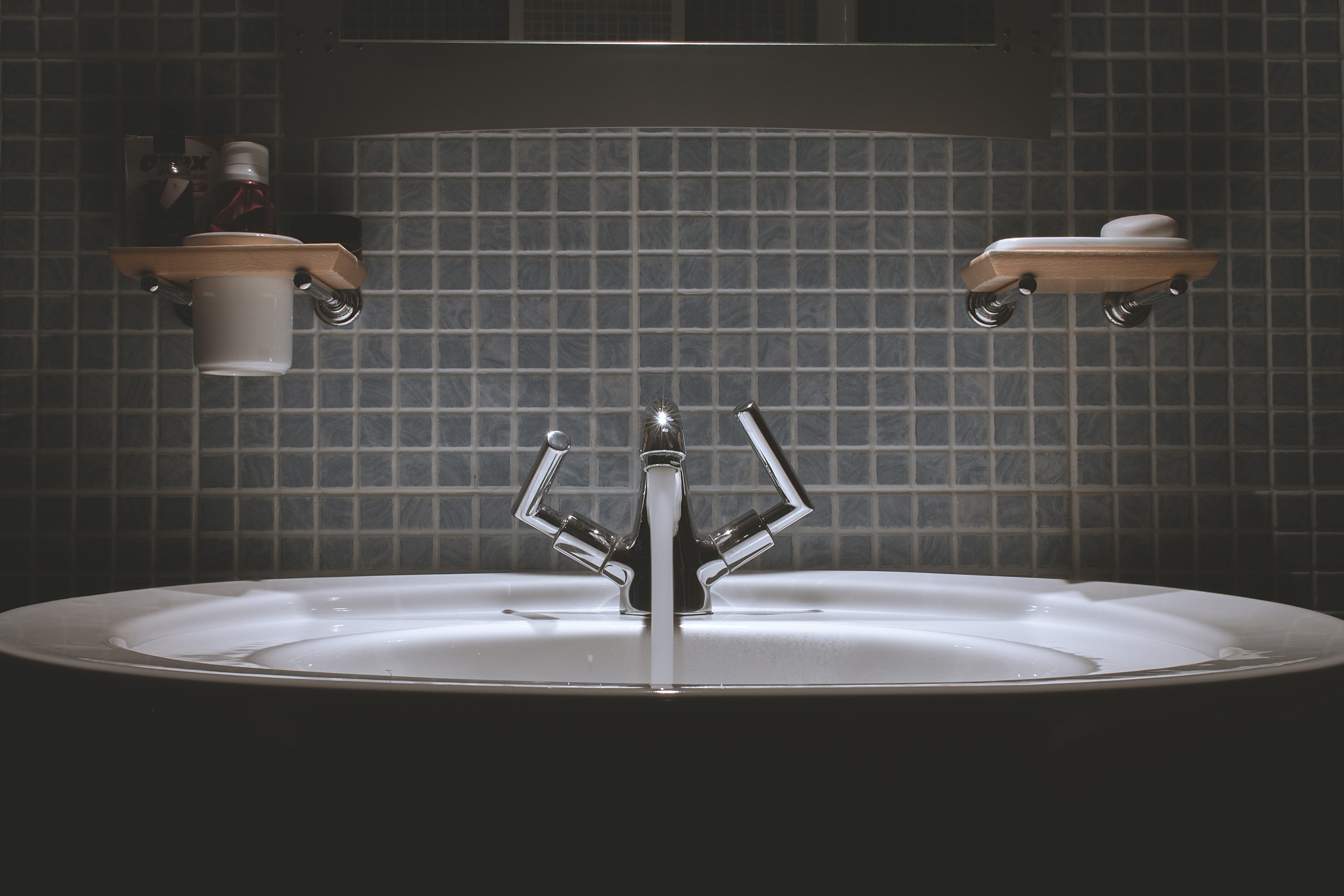 Five of the Most Efficient Bathroom Cleaning Tips